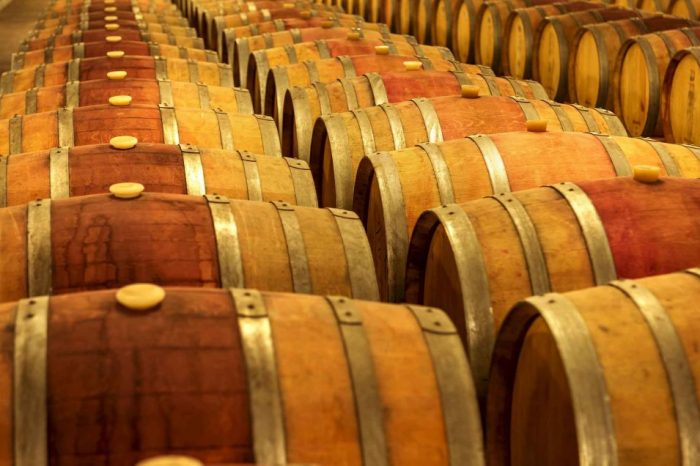 Winery Tour & Wine Tasting